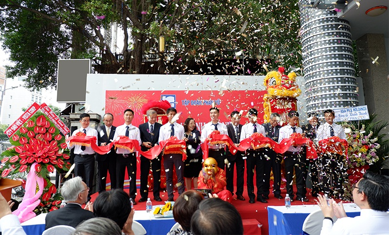 Grand opening of Phan Vu Building and the Year End Party